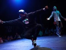 hip hop dancer in dance battle
